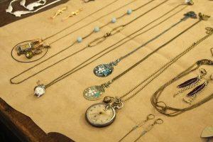 bijoux-laiton