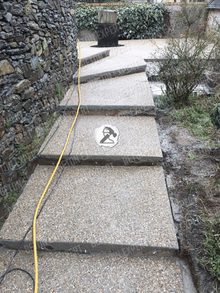 béton désactivé escalier