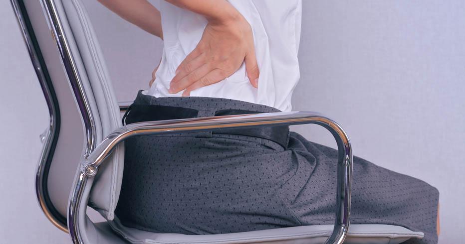 choisir un si ge de bureau ergonomique pour pr venir contre le mal de dos ma gazette. Black Bedroom Furniture Sets. Home Design Ideas